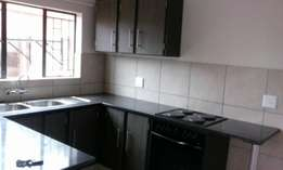 Accommodation to rent in Sunnyside frm the 1st June 2017