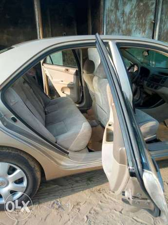 Tokunbo 2004 Toyota Camry Big Daddy LE Festac Town - image 5