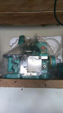 Sewing machines on good price.different machines with its price Githurai - image 1