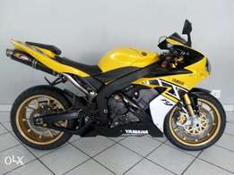 Yamaha R-1 SP LE Yellow.,