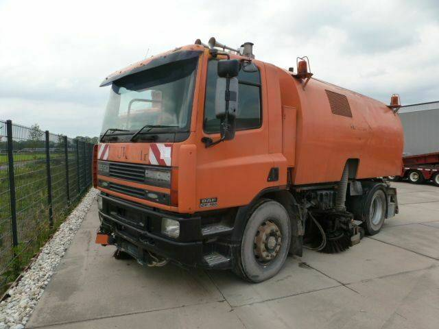 DAF FA65.180 SWEEPER - 1999