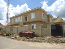 4 Bedroom Semidetach Duplex with BQ N35m