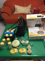 Medela double swing breastpump and accessories