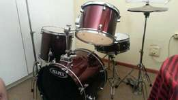 MAPEX Prodigy drumset R4000
