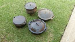 Black cast iron pots