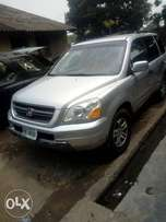 Honda Pilot Jeep 2004 silver for sale Registered