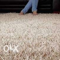 Beige Indian shaggy center rug