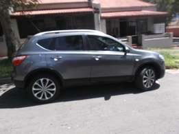 Nissan Qashqai 2012  grey color model 89000km R145000
