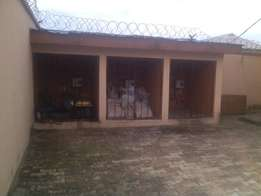 nice 3 bedroom flat for rent at sparklight estate,pay and park in
