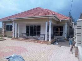 A house made in Kiraa for sell at 306m