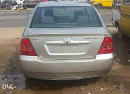 Clean used 2007 manual toyota corolla for 790k