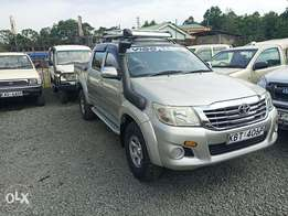 Toyota Hilux local 2012 double cabin