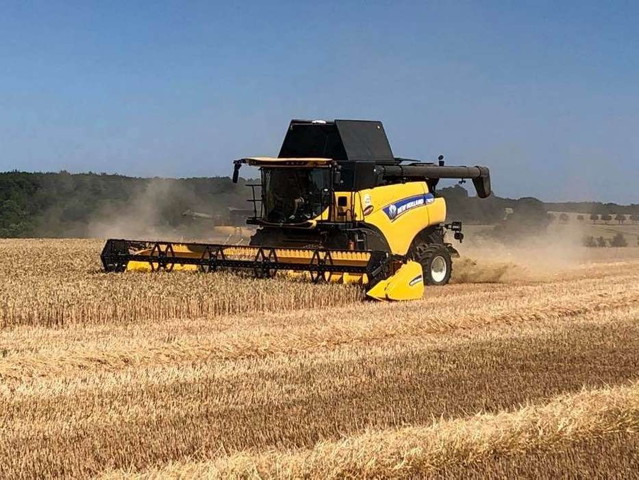 New Holland Cr 8.90 30 Fod Varifeed - 2017