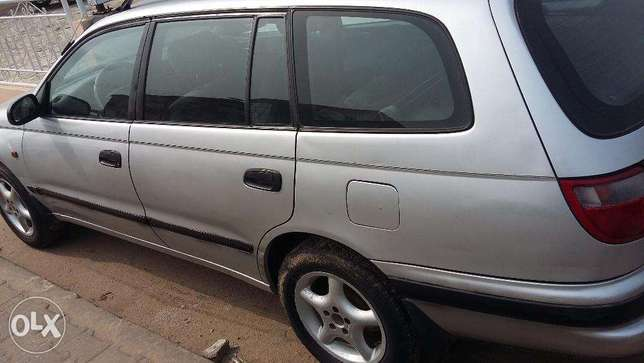 Very clean Toyota Carina E for sale. Port Harcourt - image 2