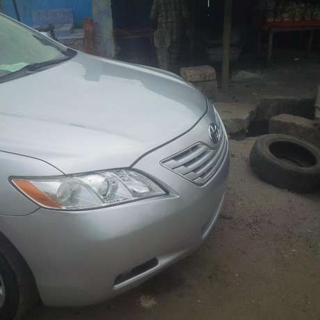 Super clean Toyota Camry 2010 model forsale Surulere - image 4