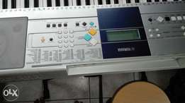 Yamaha keyboard for sale excellent cond