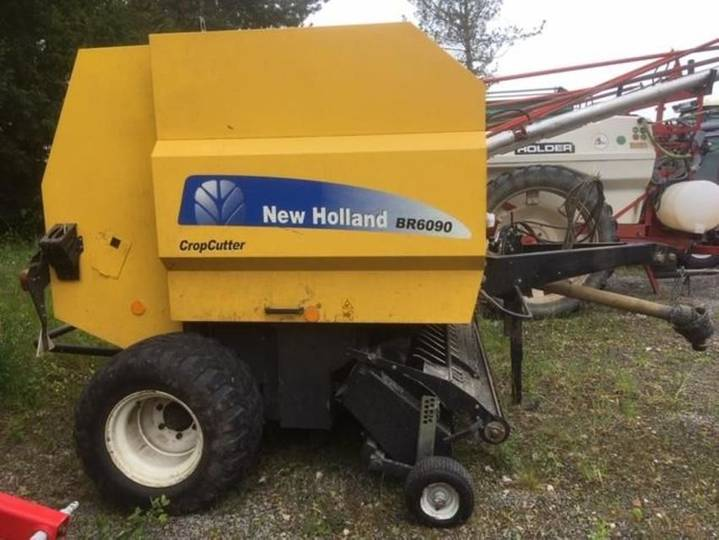New Holland br6090 cropcutter - 2011