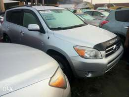 Very sharp foreign used 2008 Toyota Rav4. Direct tokunbo