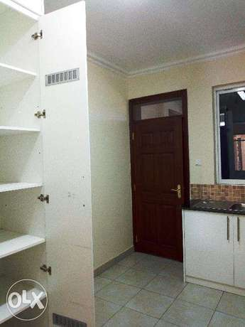 Stunning 3 bedroom all ensuite apartments for sale at Tom Mboya Kisumu Kisumu CBD - image 3