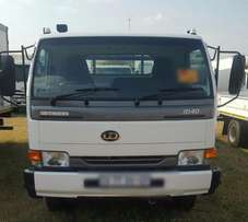 2013 Nissan UD40 , 4 ton double cab dropside truck