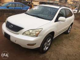 2005 Lexus RX330 Basic Edition