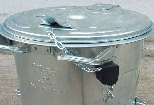 Cheie de rezerva waste container