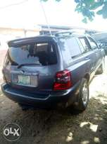 A first body Toyota Highlander