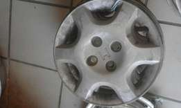 "set of 4x 14"" honda civic original hubcaps available"