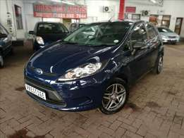 2010 Ford Fiesta 1.4 Ambiente, with 99000km's,Full Service History