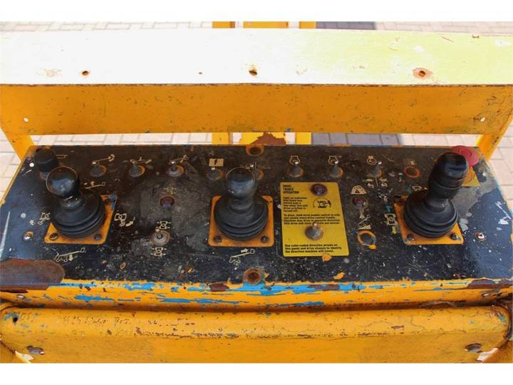 Genie S85/4WD - 2007 - image 4