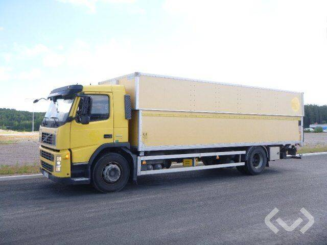 Volvo FM300 (Export only) 4x2 Box (height / adjustable + tail - 2019