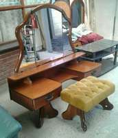 Dressingtable with matching chair