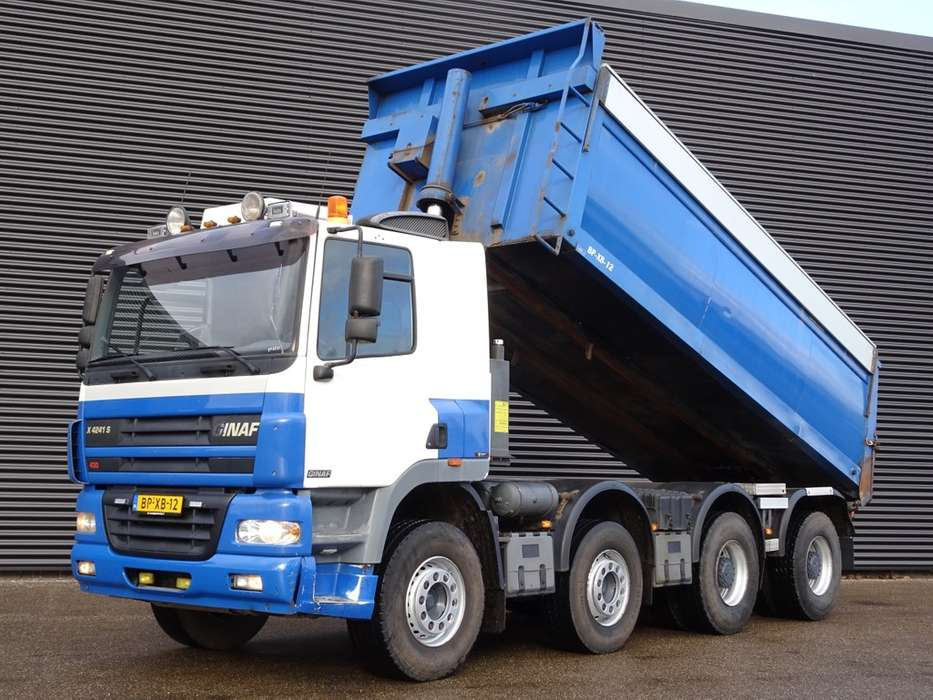DAF GINAF X4241S / 8x4 TIPPER / ASPHALT / ISOLATED - 2005