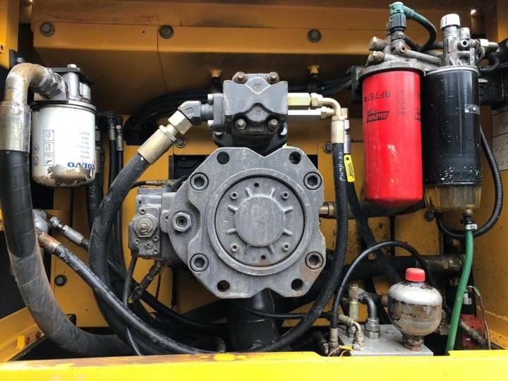 Volvo Ec360 C **bj 2008 * 6450h* Hammerltg.** - 2008 - image 14