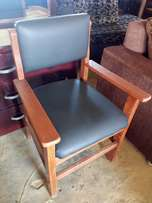 Office Chairs 10k