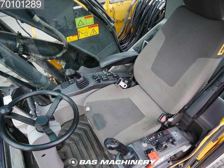 Volvo EW140C Ex dutch machine - all functions - 2007 - image 14