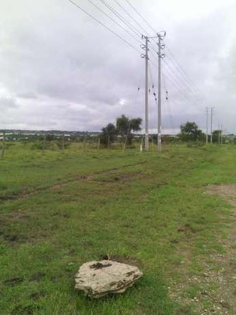 1/2 acre land in Isinya Kitengela - image 2
