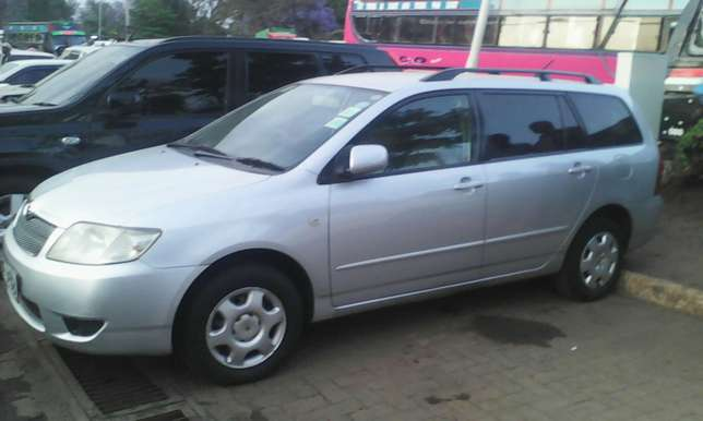 1500 cc Toyota Fielder very clean on quick sell Nairobi CBD - image 7