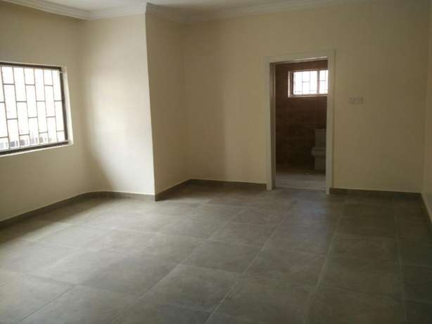 A fantastic and unique 4 bedrm semi-detached to let at Parkview Estate Ikoyi - image 4