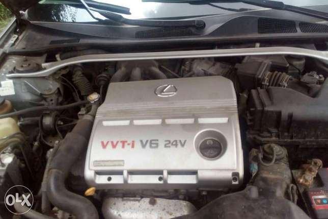 2003 ES 300 Lexus tested okay Good condition Ikeja - image 3