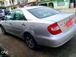 Neatly used Toyota Camry 2004 for sale.