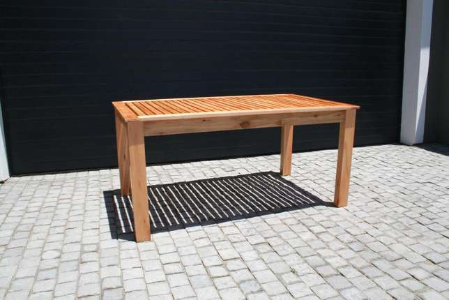 Saligna Patio Table & Benches Walmer - image 2