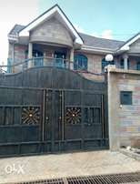 4br all ensuite behind Safaripark in a gated community