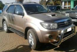 Toyota Fortuner KCK [Power Steering,All Power Windows and Mirrors]