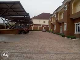 A tastefully finished & brand new 3bedroom terrace duplex at Durumi2.
