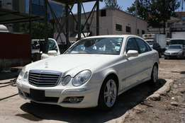 E class Mercedes Benz E350 CDI Diesel Double sunroof leather interior