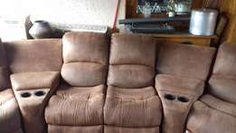 4 piece Lounge Suite with 2 recliners Excellent condition Half price