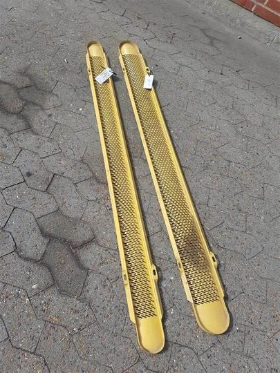 New Holland Tx68 Ekstraudstyr Bundplader