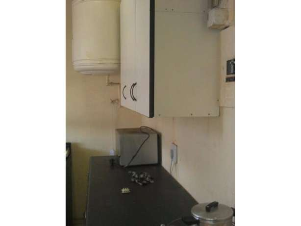 Spacious 2 Bedroom Flat for sale PRICE REDUCED!!! Kempton Park - image 6