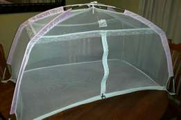 Baby play cot with mosquito net
